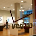 Verizon and Yahoo Agrees on $350 Million Price Cut